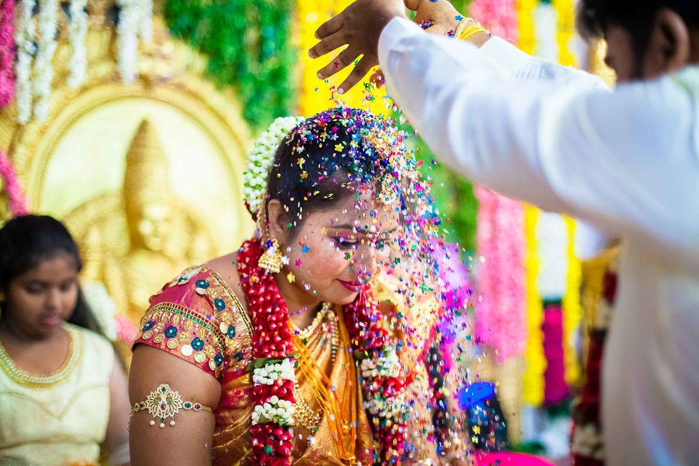 Pixel-Chronicles-Alekhya-Chaitanya-Nellore-Candid-Wedding-Fun-Moments-20.jpg