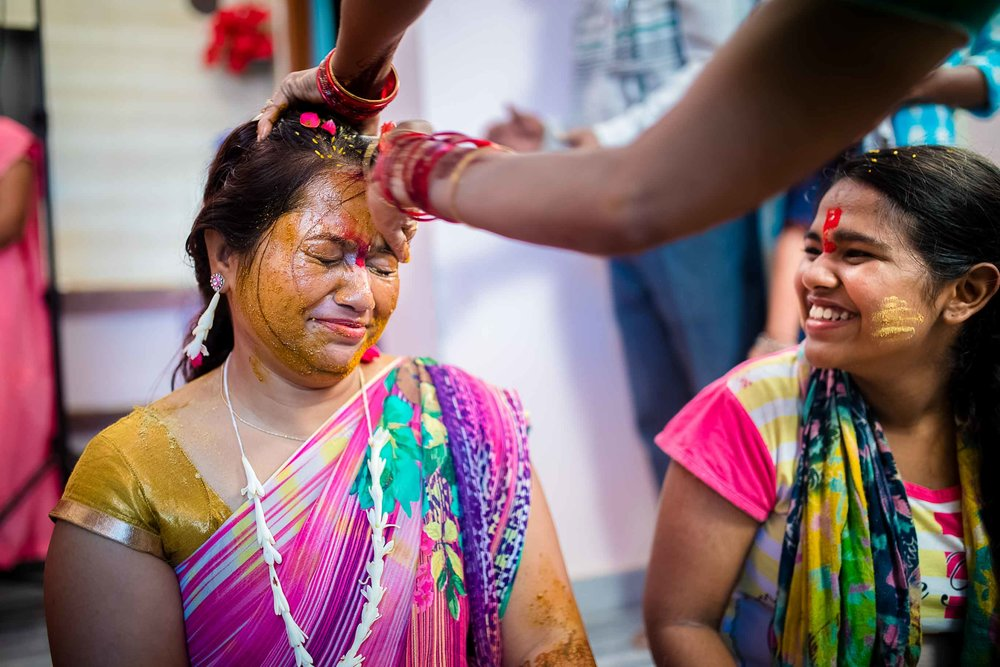 Pixel-Chronicles-Alekhya-Chaitanya-Nellore-Candid-Wedding-Haldi-Ceremony-1.jpg