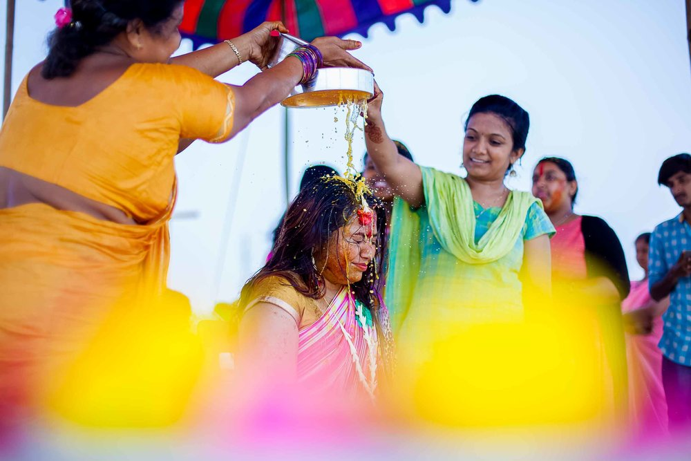 Pixel-Chronicles-Alekhya-Chaitanya-Nellore-Candid-Wedding-Haldi-Ceremony-4.jpg