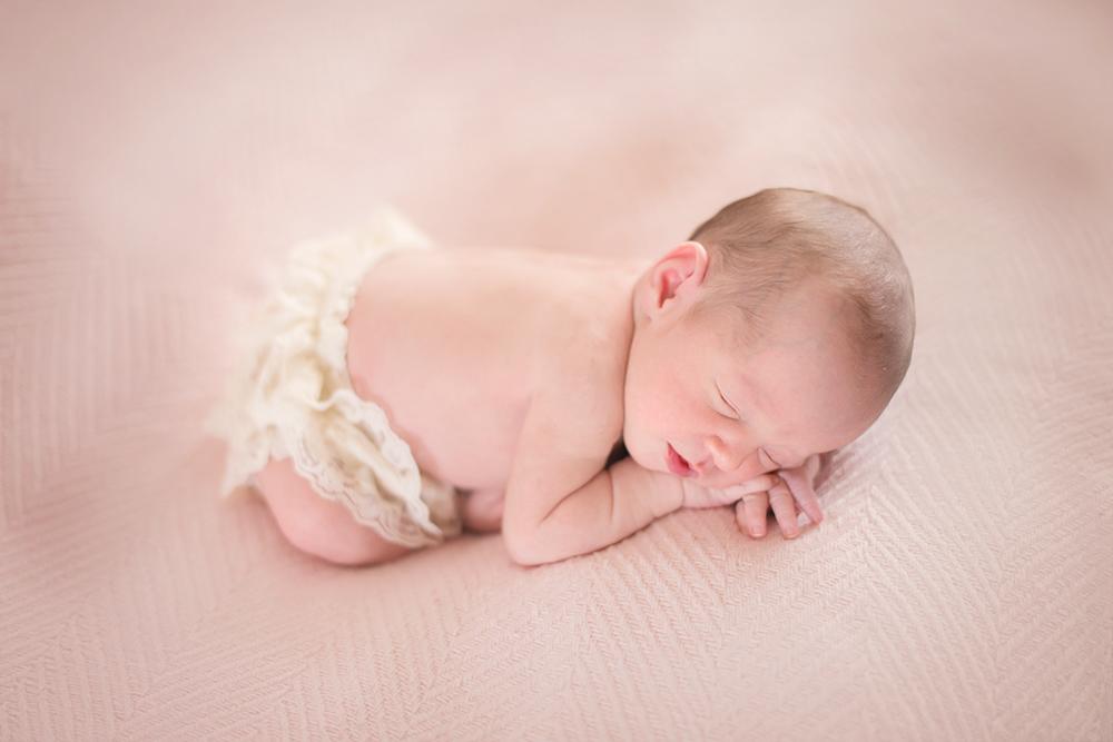 Auckland-Newborn-Photographer-Kate-2.jpg