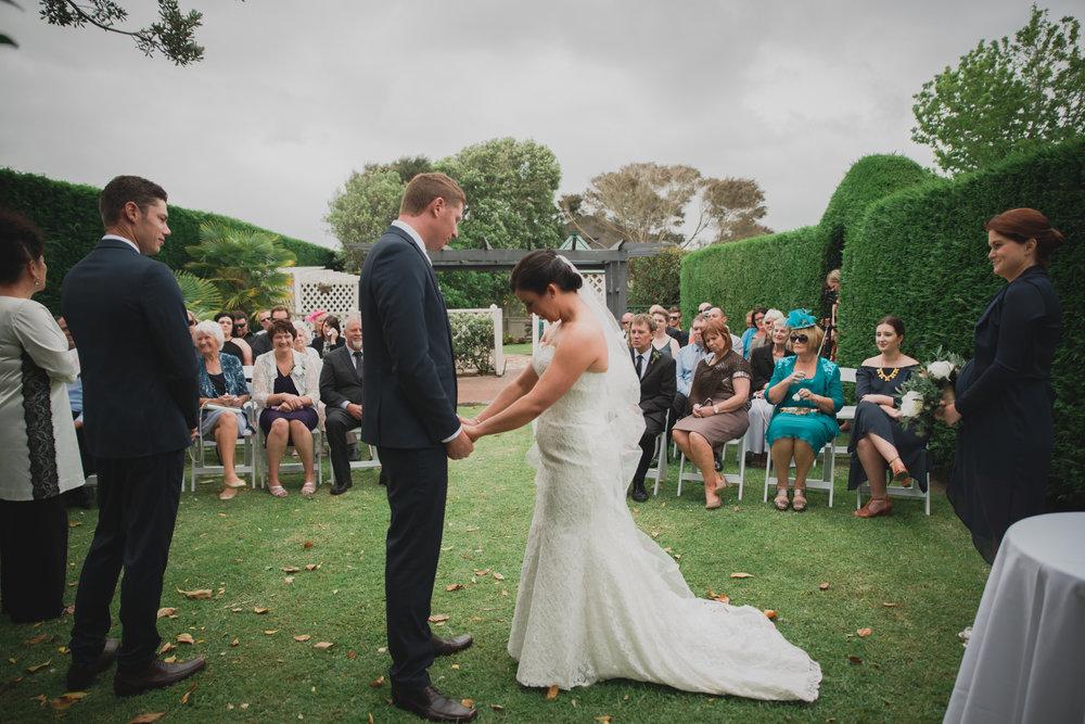 grace-carl-dargaville-wedding-vintage-modern-elegant-48