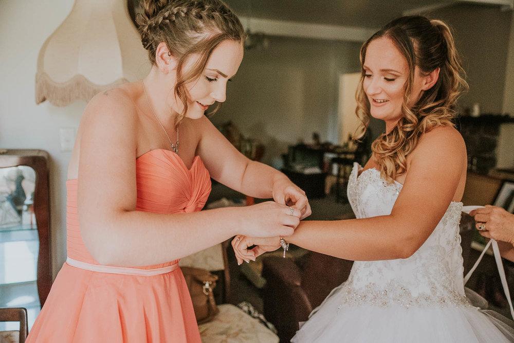 james-melinda-auckland-rustic-farm-wedding-10