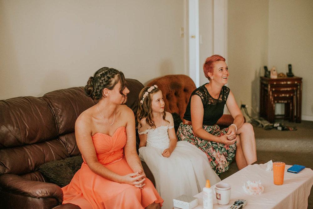 james-melinda-auckland-rustic-farm-wedding-12