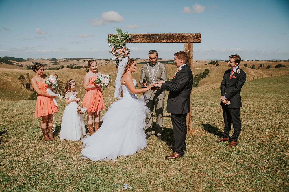 james-melinda-auckland-rustic-farm-wedding-39