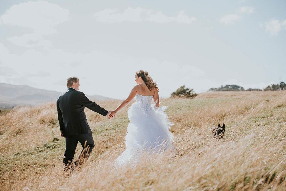 james-melinda-auckland-rustic-farm-wedding-59