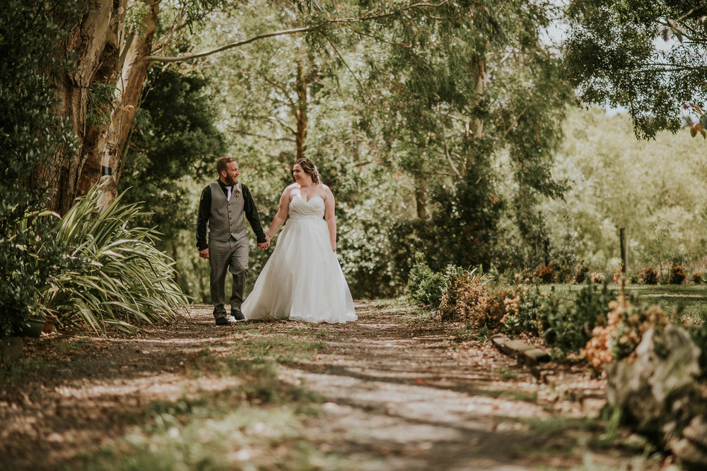 David-Alysha-Farm-Rustic-Auckland-Wedding-49