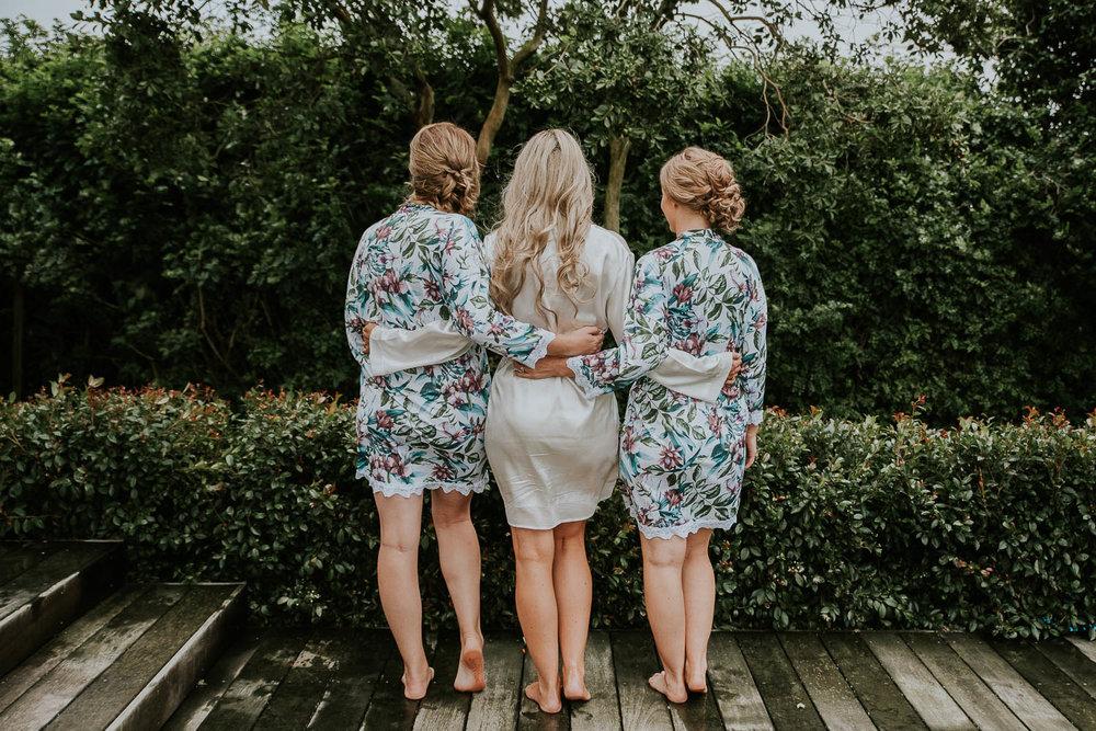 Lizzy-Jarrod-Auckland-Wedding-Chic-City-13.jpg