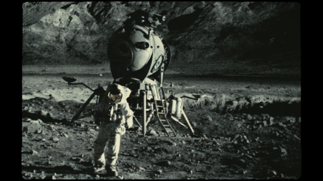 Apollo 18 (2011) — Contains Moderate Peril Apollo 18 Alien Footage