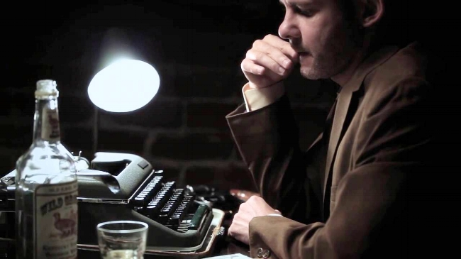 Dominic Monaghan Typing The Bureau.jpg