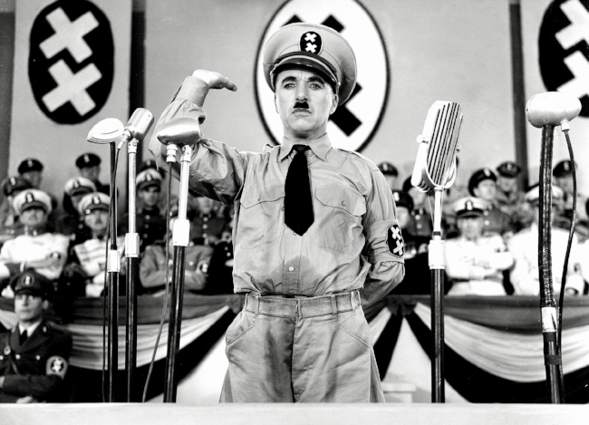 still-of-charles-chaplin-in-the-great-dictator-(1940)-large-picture.jpg