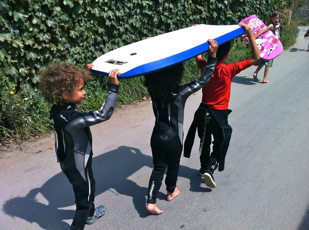 FAMILY DAYS Holiday surfing 3.jpg
