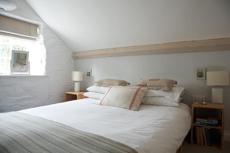 Amity Bed.jpg