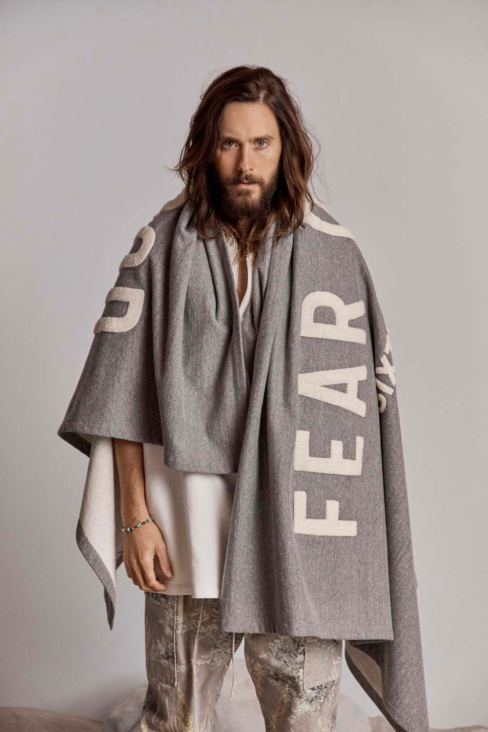 https_%2F%2Fhypebeast.com%2Fimage%2F2018%2F09%2Ffear-of-god-6-sixth-collection-jared-leto-nike-00.jpg