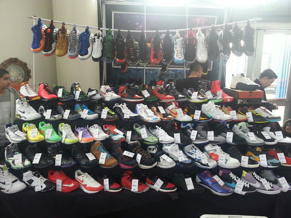 @foami1kenobi  was the foam king yesterday nice to see such an assorted collection of shoes for sale.