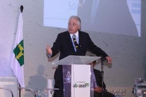 Ministro Afif falou sobre a força das micro e pequenas empresas na crise