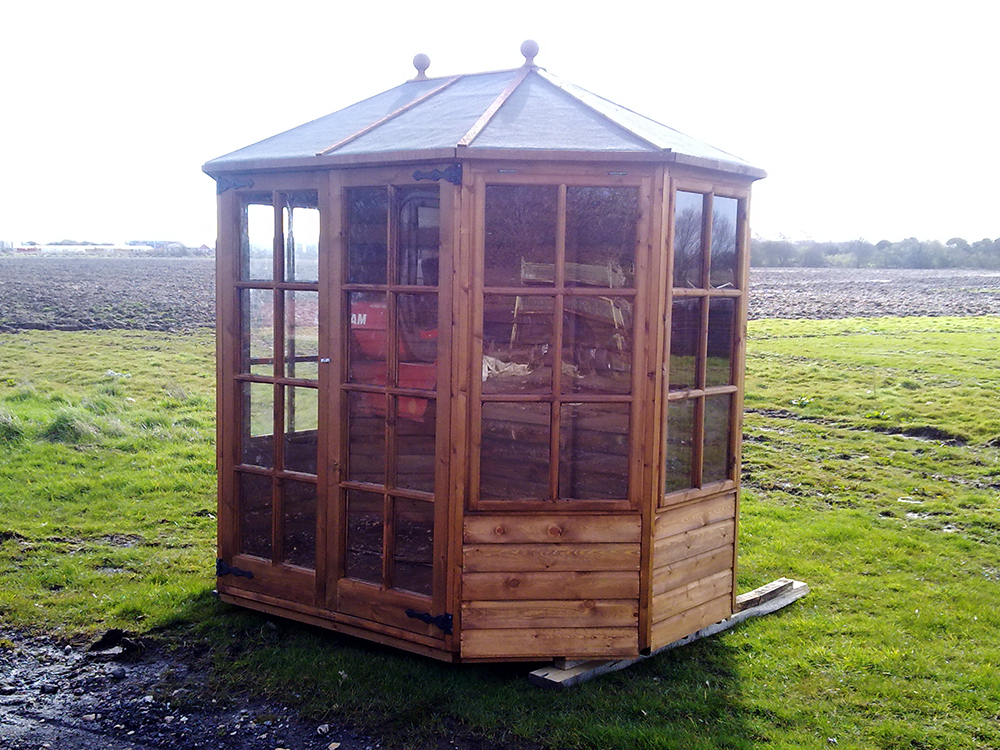 octagonal-summerhouse.jpg