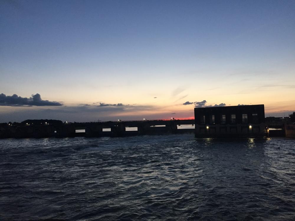 Hydro sunset