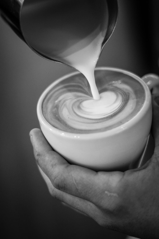 Latte pour_3.jpg