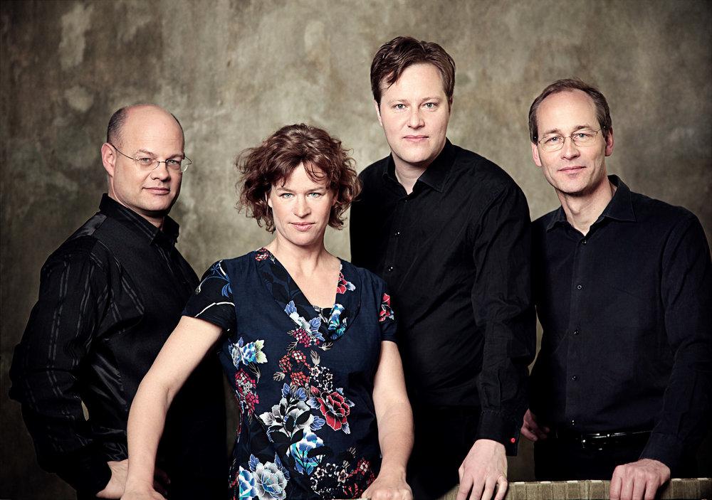Mandelring Quartett 7596g.jpg