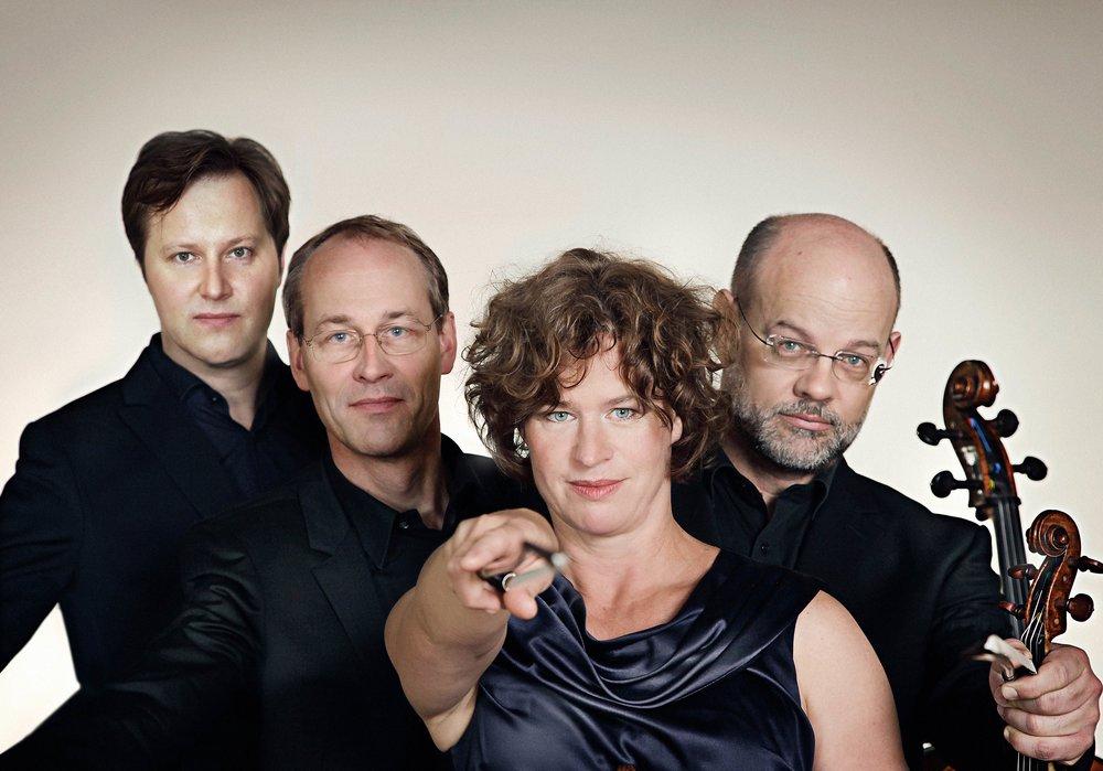 Mandelring-Quartett-4328a-3MB.jpg