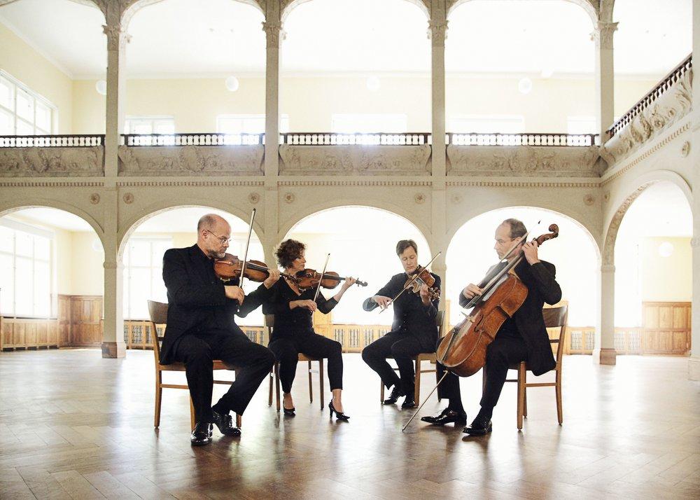 Mandelring-Quartett-4143a-3MB.jpg