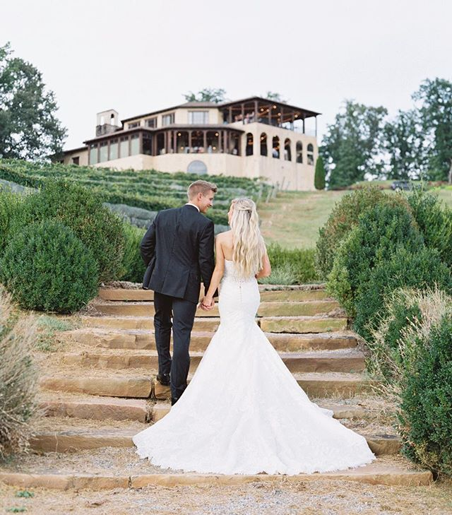 This Monteluce wedding was nothing short of a fairytale. More from Jensie + Charlie's Italy inspired wedding coming soon! 🥂 #monteluce #atlantawedding