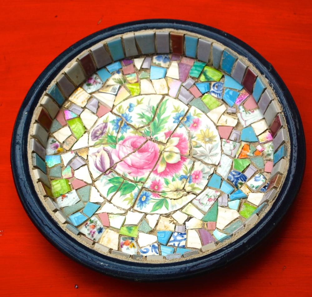 Mosaic Bird Bath Tutorial