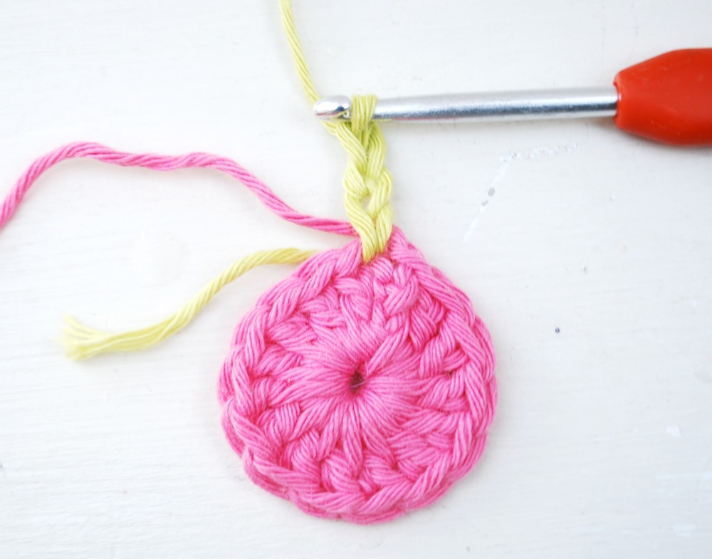 Join your new colour (pistachio) and chain 3 (this counts as your first treble crochet.