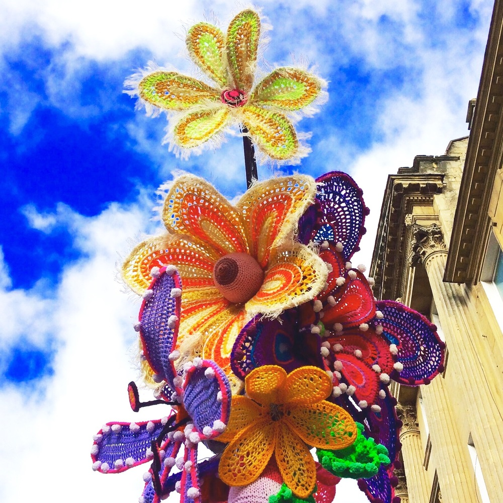 Bath in Fashion Yarn Bomb 2016 the big bunch