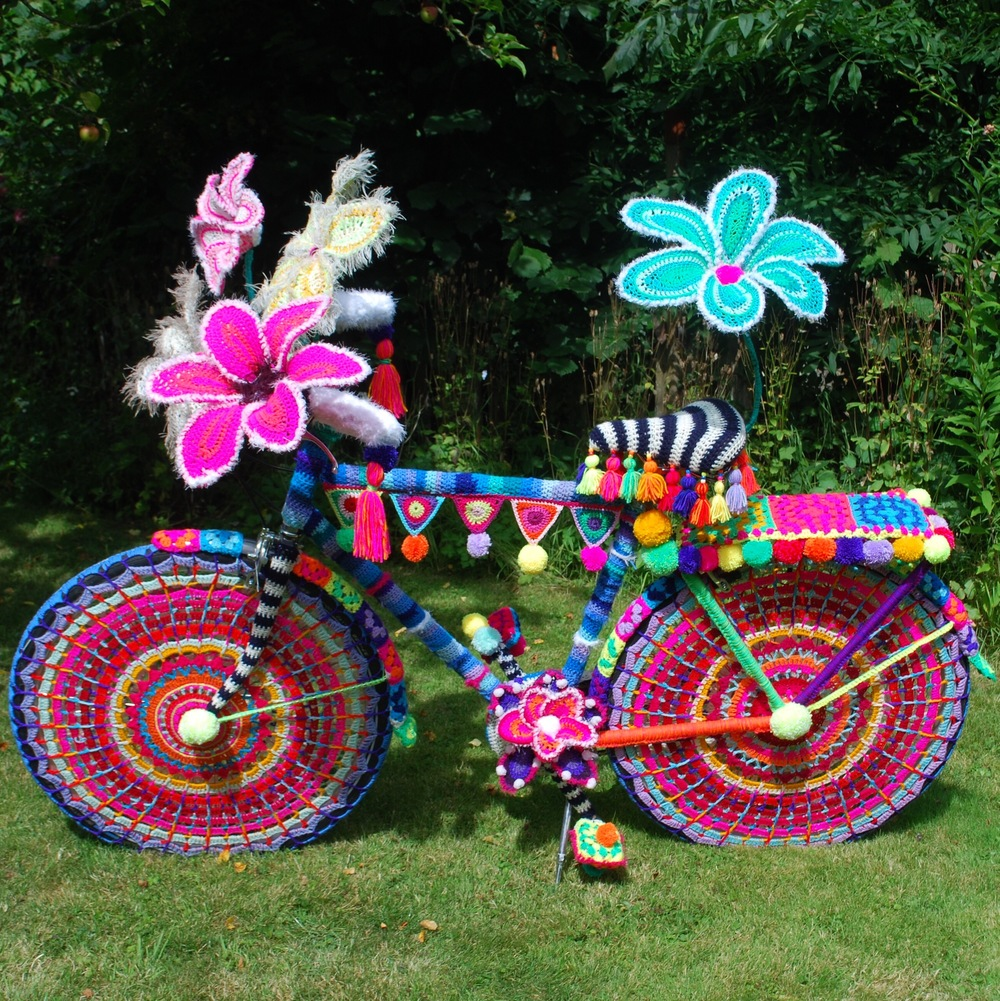 Rio Carnival in wool. Yarn bomb bike by Emma Leith