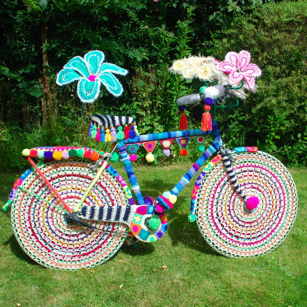 Rio Carnival in wool - yarn bomb bike by Emma Leith