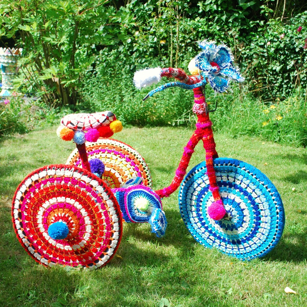 Yarn bomb tricycle by Emma Leith