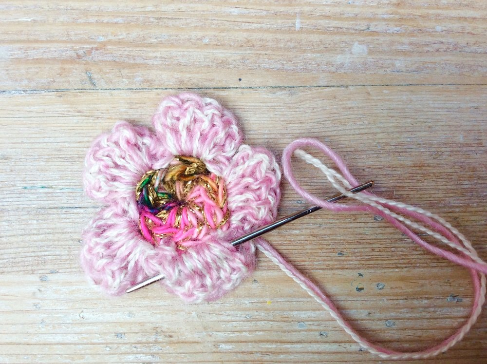 Crochet blossom flower tutorial