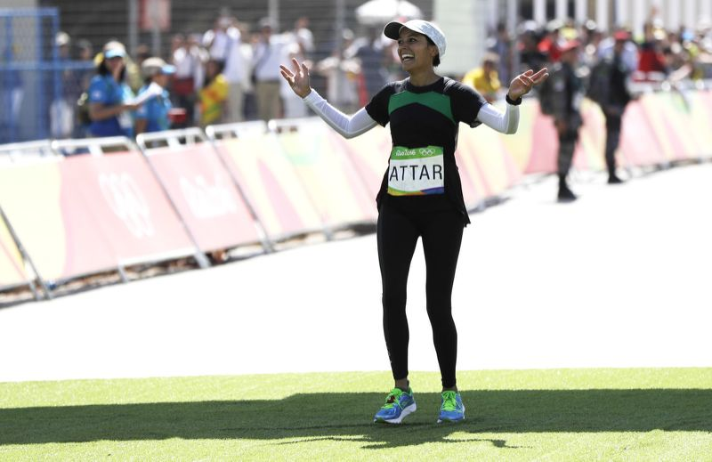 """How Saudi Arabia's Sarah Attar Completed the Rio Marathon Covered Head to Toe"" - Yahoo Style"