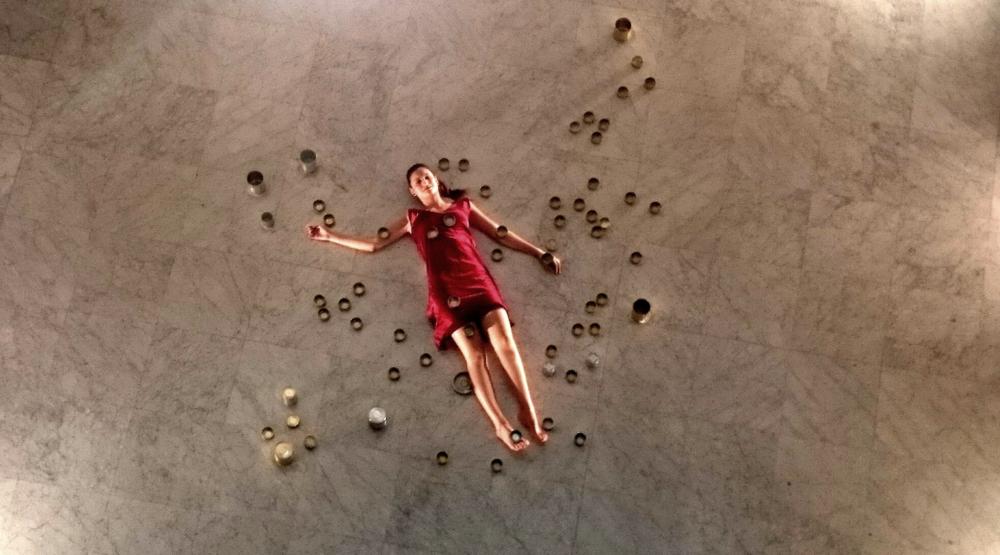 "Marta Tuti en ""Sirenas"", una historia del largometraje YOUARE MYTHICAL."