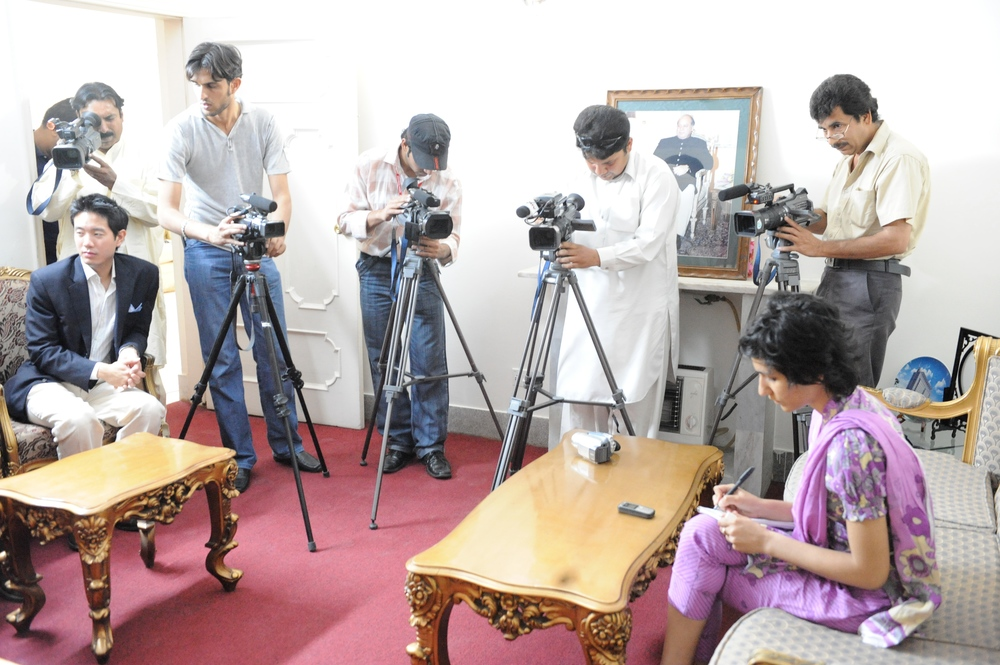 Cameramen 3.jpg