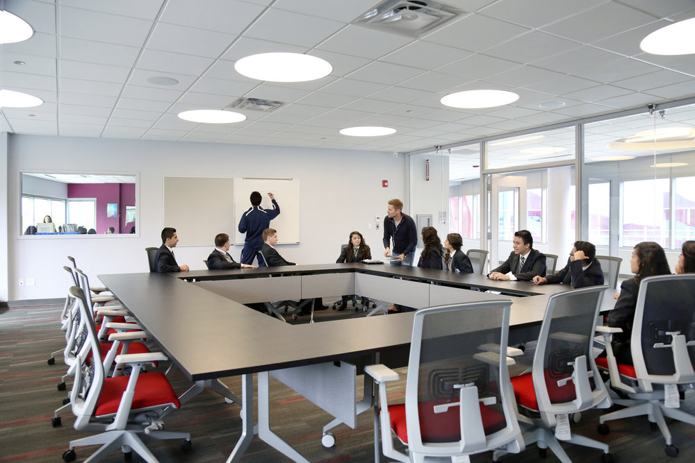 14_CONFERENCE ROOM CLASSROOM.jpg