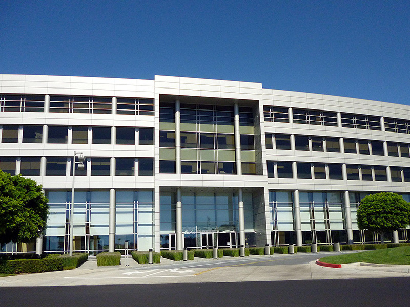 Taco Bell HQ  - Location: Irvine, CAClient: Taco BellProject Size: 162,000 Square feetScopes: Procurement of flooring package throughout the facility Opening: 2009