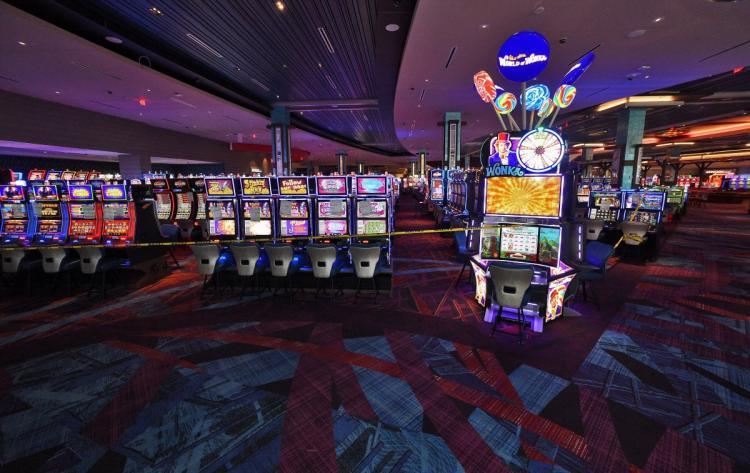 casino4n-13-web.jpg
