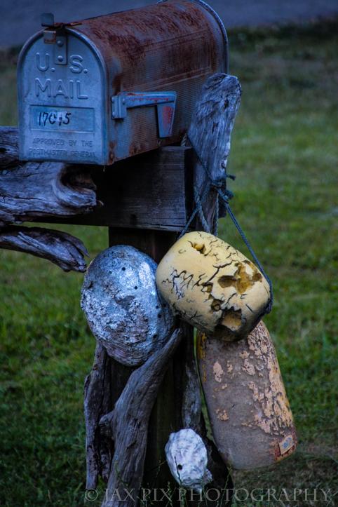 Mail box bouie.jpg