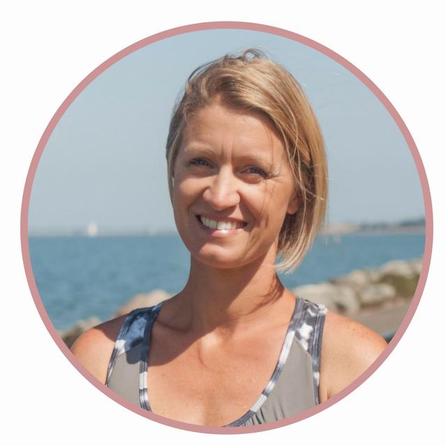 Lara Scriba yoga teacher and past mentorship client -