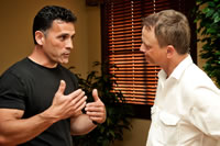 SDH machine engineer Mario Salazar (left) and actor-wounded veteran advocate Gary Sinise.