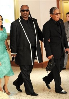 Our very first celebrity client, the iconic Stevie Wonder. We felt very blessed that he decided to wear us to the 2009 White House Correspondents' Dinner.