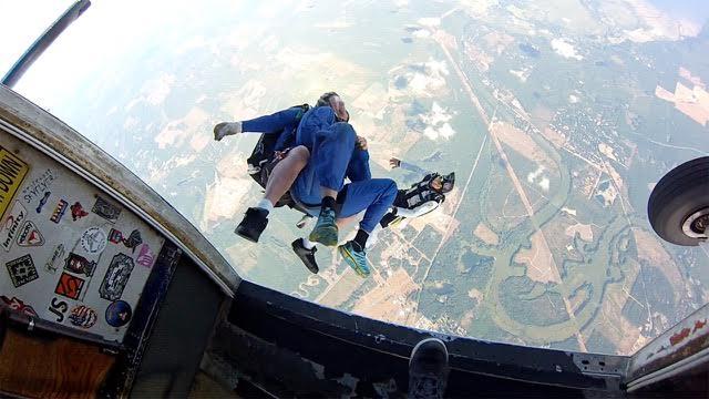explore-hood-canal-kapowsin-skydive.jpg