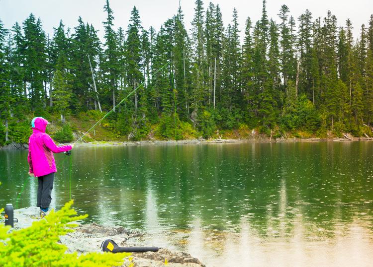 explore-hood-canal-backpackers-fishing.jpg
