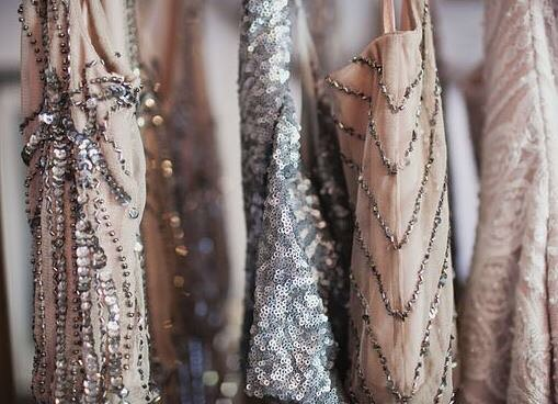 Falling for these pretty details ✨ #madeinny #falltrends #details