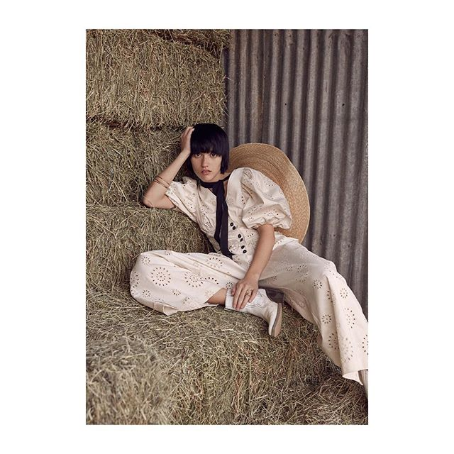 In the 🌱🌱🌱 with @judylucille_sabin #newstory #outnow #couchmagazine