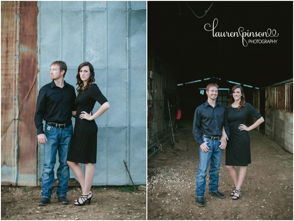 sherman-texas-wedding-and-engagment-photographer-gainesville-engagement-photos-by-lauren-pinson-photography-in-a-rustic-barn-and-country-field_0034.jpg