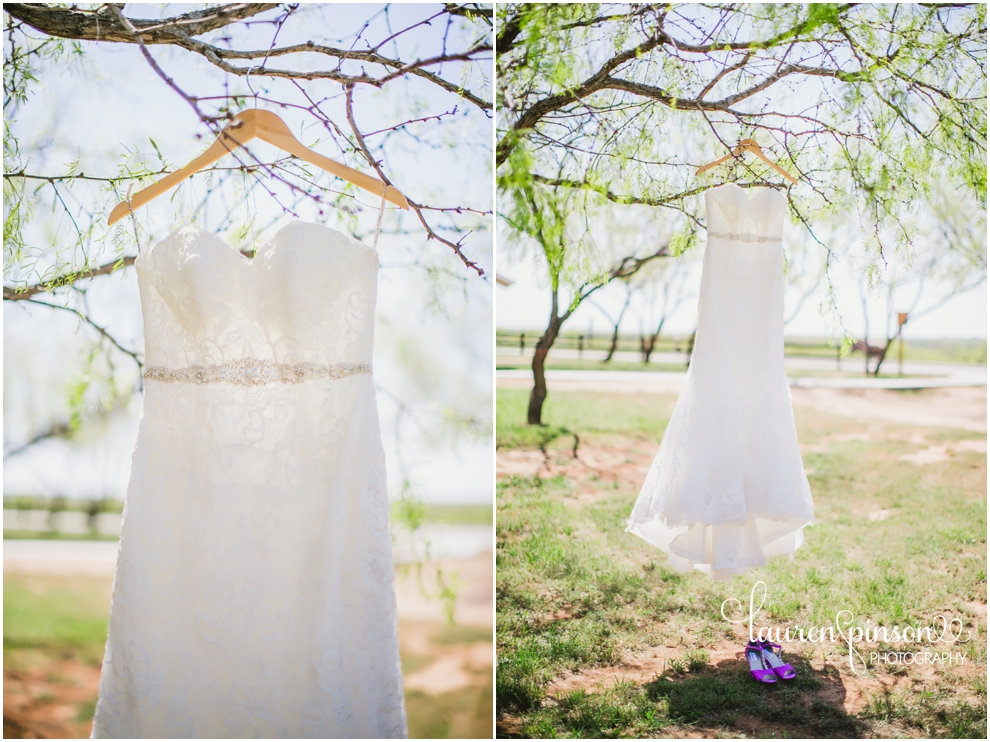 coyote-ranch-wedding-photographer-wichita-falls-texas-kathys-bakery-lauren-pinson-photography-blue-pink-lace-country-chic-sweet-beats-dj_0096.jpg