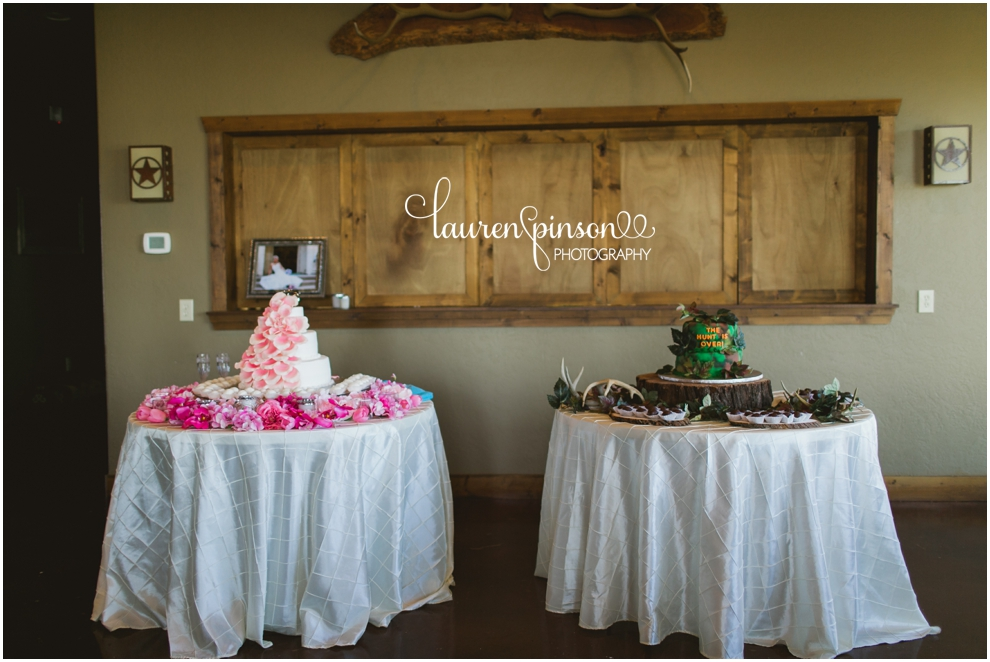 coyote-ranch-wedding-photographer-wichita-falls-texas-kathys-bakery-lauren-pinson-photography-blue-pink-lace-country-chic-sweet-beats-dj_0163.jpg